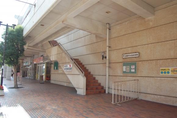 水島体育館入口(3階)への階段